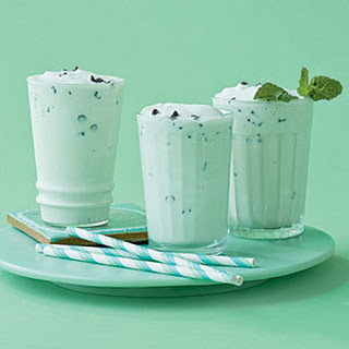 Mint-Chocolate Chip Shake