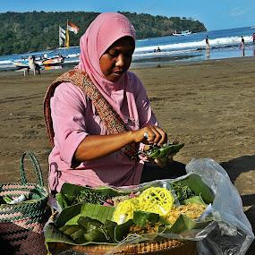 Selling Pecel on the Beach by Diadjeng Laraswati H - City,  Street & Park  Markets & Shops ( , Food & Beverage, meal, Eat & Drink )