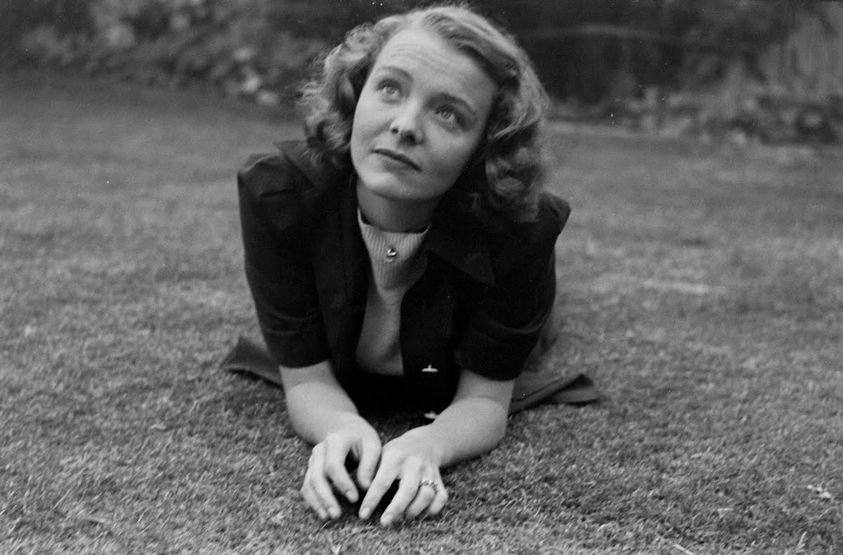 Jane Bryan, Youthful Motion Picture Star (21)-Layout Of Pictures Made At Her Hollywood Home