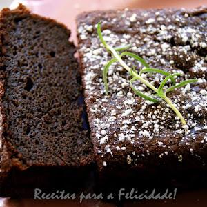 Black Bean and Chocolate Cake
