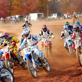 First turn of the race by Tony Moore - Sports & Fitness Motorsports ( 2007, nc, dirt track, sports, motorcycle, mx, dirt, alexander county, north carolina,  )