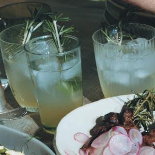 Vodka Rosemary Lemonade Fizz Recipe