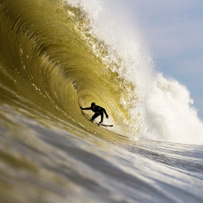 Very Deep  by Dave Nilsen - Sports & Fitness Surfing