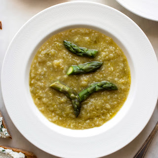 Asparagus Soup With Ricotta Crostini
