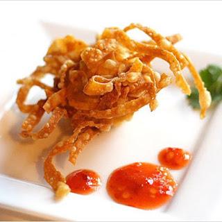 Fried Shrimp/Prawn Balls with Wonton Skin (炸虾球).