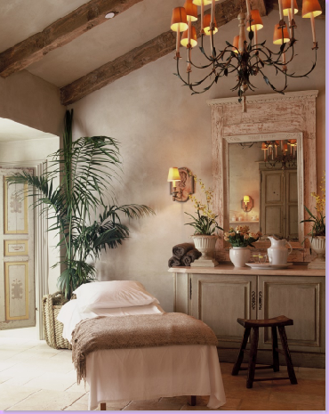 Cote de texas cal a vie french romance in southern for Decoration salon francais