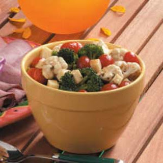 Mozzarella Veggie Salad