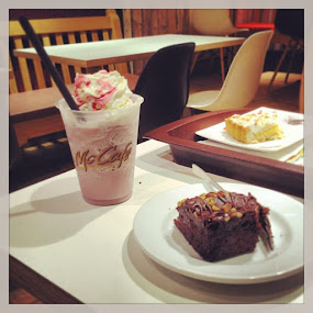 Nothing better than a Frappè in the morning #yummy by Nate Peace - Food & Drink Candy & Dessert