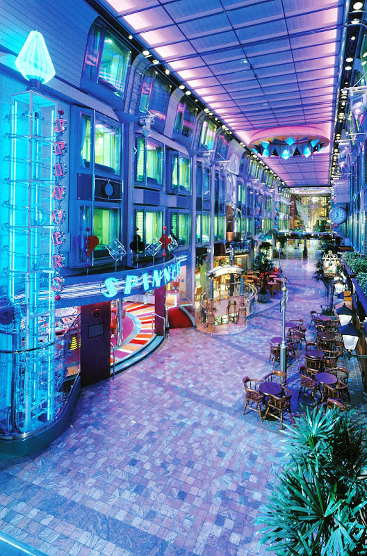 The Royal Promenade, a four-story entertainment, shopping and dining area, is the hub of Voyager of the Seas.