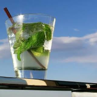 Simple Mojito Cocktail.