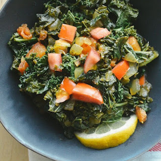 Sukuma Wiki (African Braised Kale with Tomatoes).