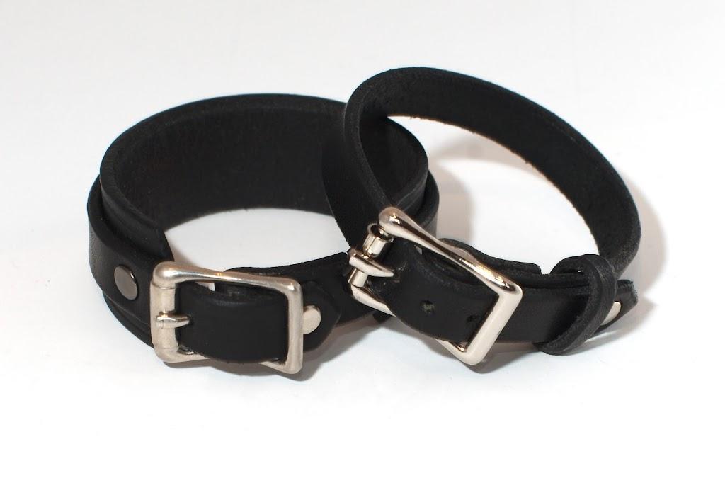 MM and SAS' bracelets