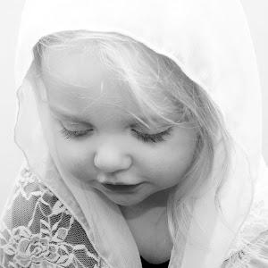 praying bw.JPG