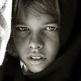 Young Jedi by Robert Daveant - Babies & Children Child Portraits ( , face, photography, closeup, close, up, woman, b&w, portrait, person, black and white, child, Travel, People, Lifestyle, Culture )