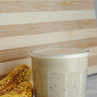 Peanut Butter Chocolate Chip Smoothie
