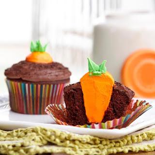 Bunny's Carrot Garden Easter Cupcakes.