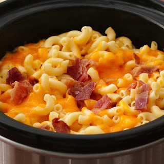 Slow-Cooker Bacon Topped Mac and Cheese