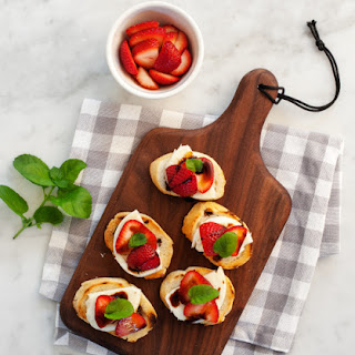 Strawberry Balsamic Crostini