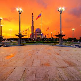 Putra Mosque by Azri Suratmin - Buildings & Architecture Places of Worship ( religion, islam, putra, sunset, putrajaya, azri, mosque, background, malaysia, azrisuratmin, golden, city, night )