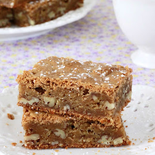 Caramel Pecan Pie Bars
