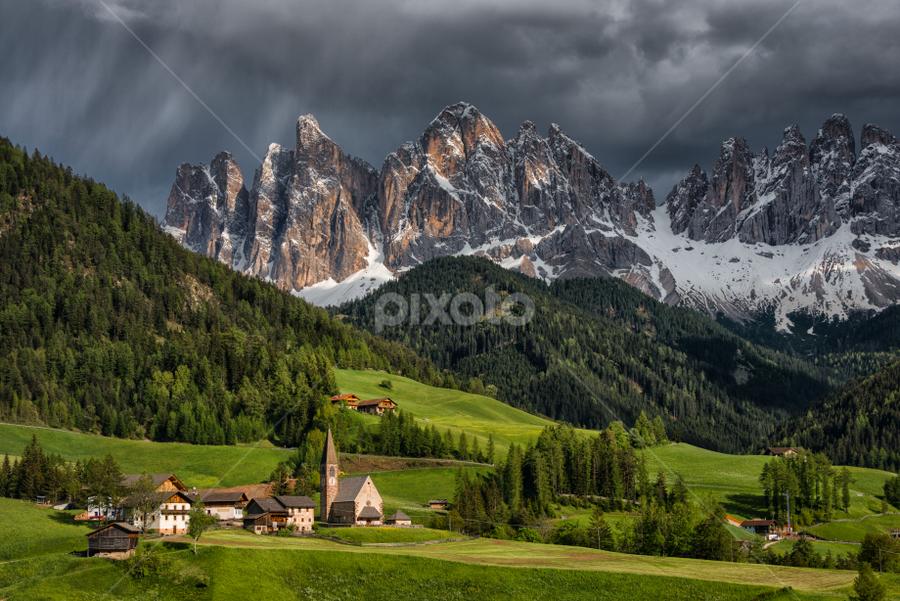 Santa Maddalena by Hans DeBruyn - Landscapes Mountains & Hills ( dolomite, odle, val di funes, italy, santa maddalena,  )