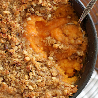 Streusel-Topped Sweet Potato Casserole