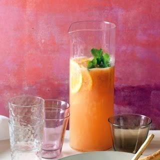 Sparkling Strawberry Cocktail
