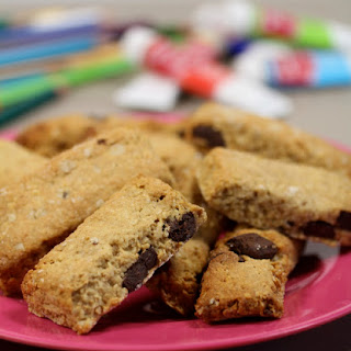 Small Chocolate Chip Cereal Bars.