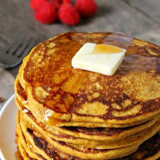 Healthy Whole Wheat Pumpkin Pancakes