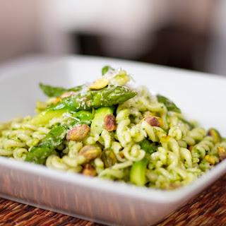 Asparagus Spinach Pistachio Pesto Salad