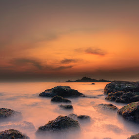 The Solitary Evening in the Beach by Manabendra Dey - Landscapes Waterscapes ( sunset in seabeach, om beach, an evening in om beach, karnataka, sunset in the beach, sunset, rocks & waves, gokarna, d7000, india, sigma 10-20mm, sunset in om beach, an evening in the beach )