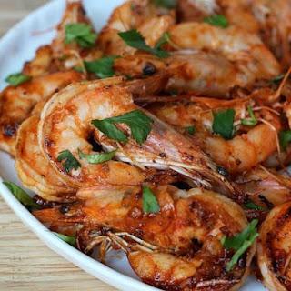 Stir-fried Garlic and Sriracha Shrimp