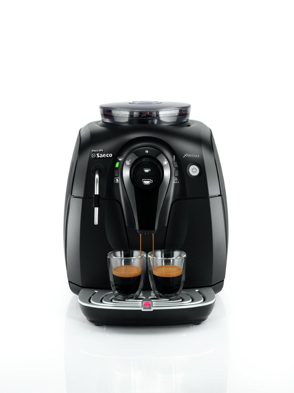 Esta Philips Saeco Xsmall es una cafetera automática y espresso de la familia de cafeteras con molinillo, combina un elegante diseño y máxima funcionalidad.