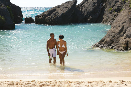 swim-Jobsons-Cove-Bermuda - Take an ocean swim in Jobson's Cove, Bermuda.