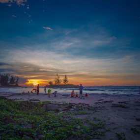 end of day by Andrian Andrew - Novices Only Landscapes ( sunset, beautiful, beach )