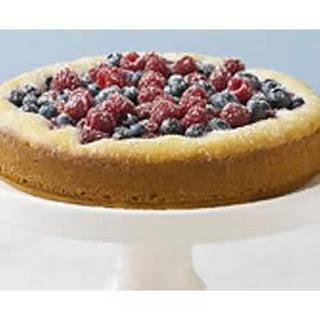 PHILADELPHIA Very-Berry Cake