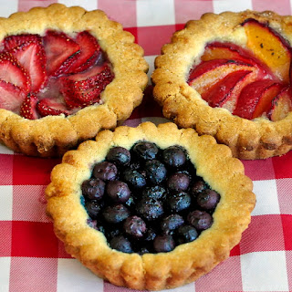 Easy Summer Fruit Cookie Tarts