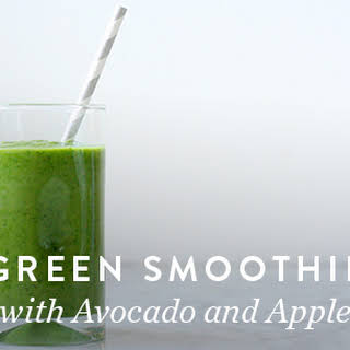 Green Smoothie with Avocado and Apple.