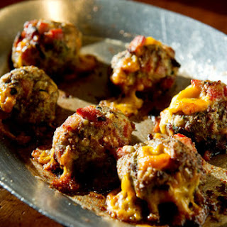 Steak 'N' Bacon Cheddar Meatballs