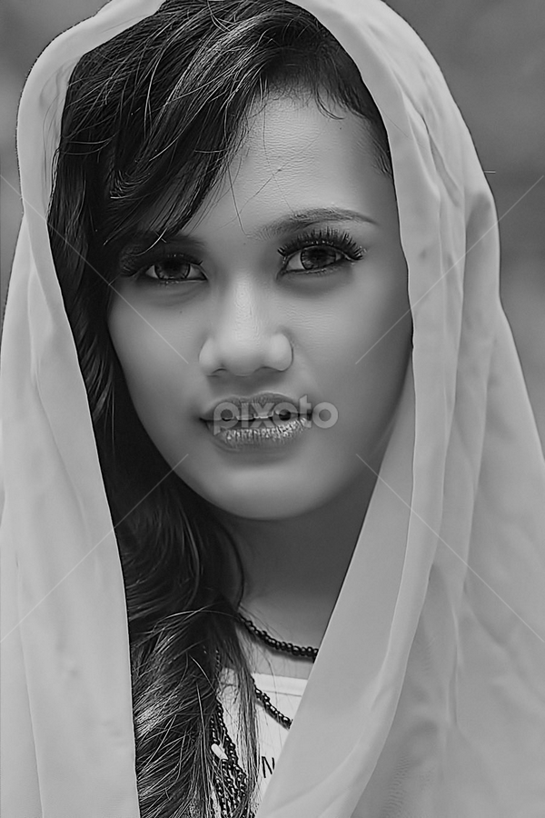 by Borneo Photography - Black & White Portraits & People