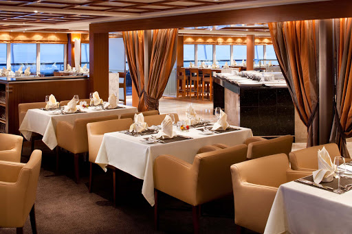 Seabourn_Odyssey_Sojourn_Quest_The_Colonnade-3 - The Colonnade serves regionally themed, bistro-style meals in a casual yet stylish setting aboard Seabourn Sojourn. It's open for breakfast, lunch and dinner.