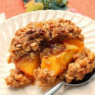 Delicious Peach Crisp