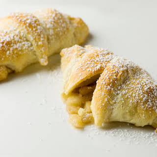 Easy Mini Apple Pies.