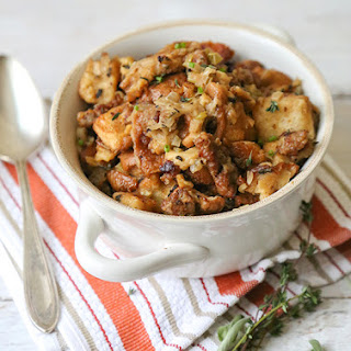 Slow Cooker Thanksgiving Stuffing