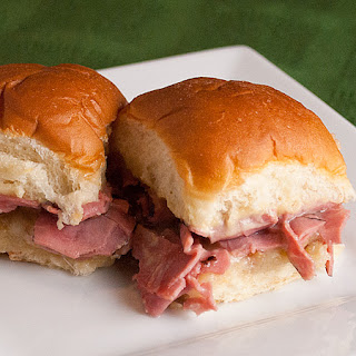 Hot Roast Beef Party Sandwiches.