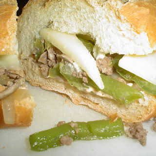 Beef Sandwich with Green Peppers and Mushroom.