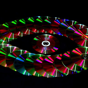 Optical 'Eye'llusion by Sheeik Mohideen P - Artistic Objects Technology Objects ( colourful, cd rom, eye, colorful, mood factory, vibrant, happiness, January, moods, emotions, inspiration )