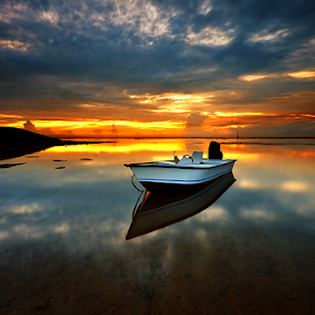 The One by Hendri Suhandi - Landscapes Waterscapes ( bali, sanur, sunrise, beach )