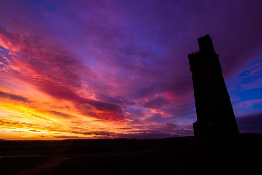 Castle Hill Sunrise by Stevie Jay - Landscapes Sunsets & Sunrises ( colour, hill, west yorkshire, castle, huddersfield, sunrise, sun,  )