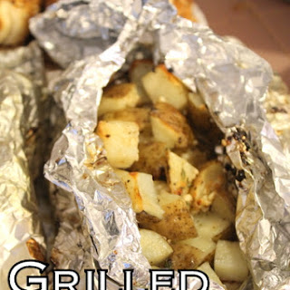 Grilled Potato Packets with Garlic and Thyme Recipe